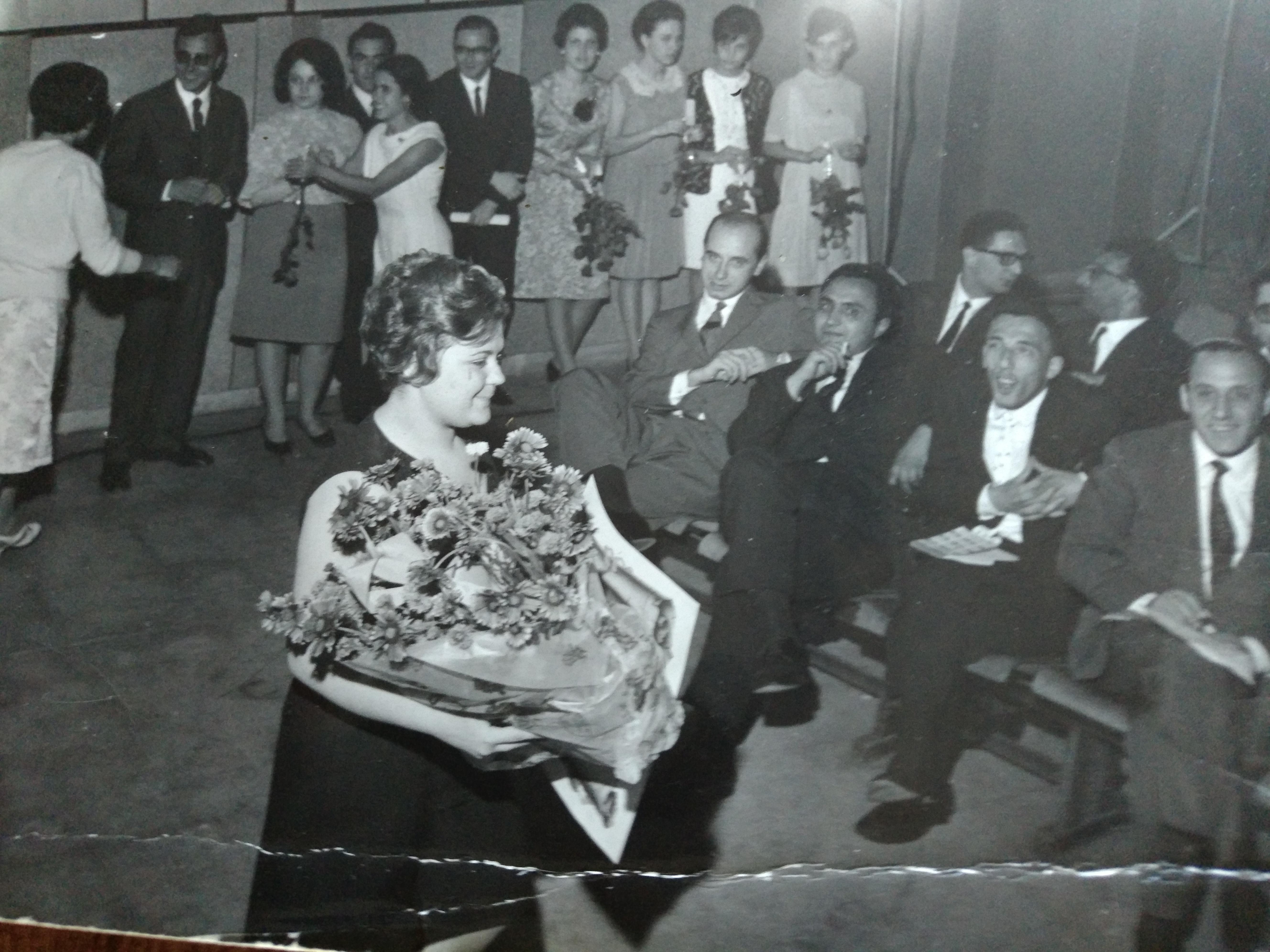 1966: primo premio letterario consegnato da Domenico Rea e Mario Prisco